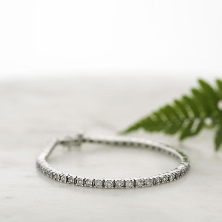 Diamond Bracelets Sparkling Sophisticated And So Stylish