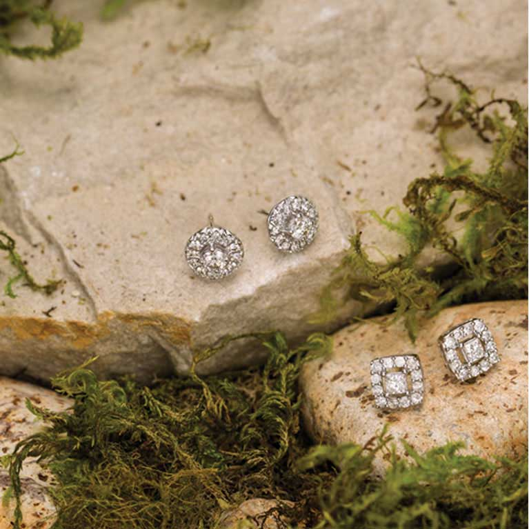 ff819f4ec Diamond Studs - Diamond stud earrings always make a sparkling impression.