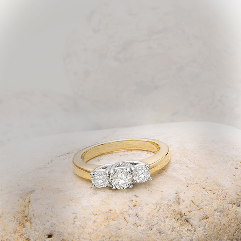 a3411f22b5297 Rings | Peoples Jewellers