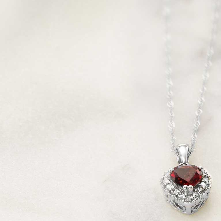 January Garnet Regal Red Garnets Are Symbols Of Truth And Faithfulness
